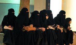 العنف ضد النساء في مملكة آل سعود يكرس تعسف آل سعود بحقوقهن
