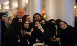 داعية سعودي يشعل الجدل بشأن سكن الفتاة وحدها
