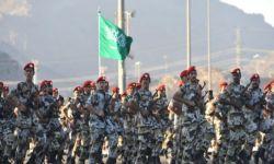 العهد الجديد يكشف: بن سلمان يصفع منتسبي وزارة الدفاع ويوقف بدلاتهم