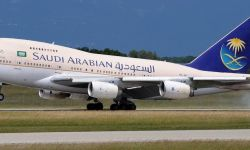 لأول مرة.. الخطوط السعودية تستعد لتوظيف 50 مضيفة طيران