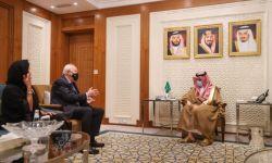 """وزير الخارجية يؤكد دور السلطات السعودية التي تشرعن قتل معارضيها """"في ترسيخ الحوار والتعايش بين شعوب العالم"""""""