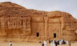 الدولة العبرية تروج بين مستوطنيها للسياحة في مملكة آل سعود!!
