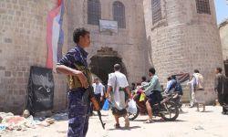 """مسؤول عسكري يحذر من """"أجندة مشبوهة"""" بتعز جنوب اليمن"""