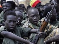بعد القوات الإماراتية، القوات السودانية تنسحب...فماذا ستفعل السعودية؟