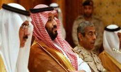 """أحمد بن عبد العزيز يخشى فرض الإقامة الجبرية عليه.. فيديو يكشف الصراع بين أبناء """"آل سعود"""" على العرش!"""