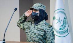 على طريقة القذافي السلطات السعودية تجند الفتيات للدفاع عنها